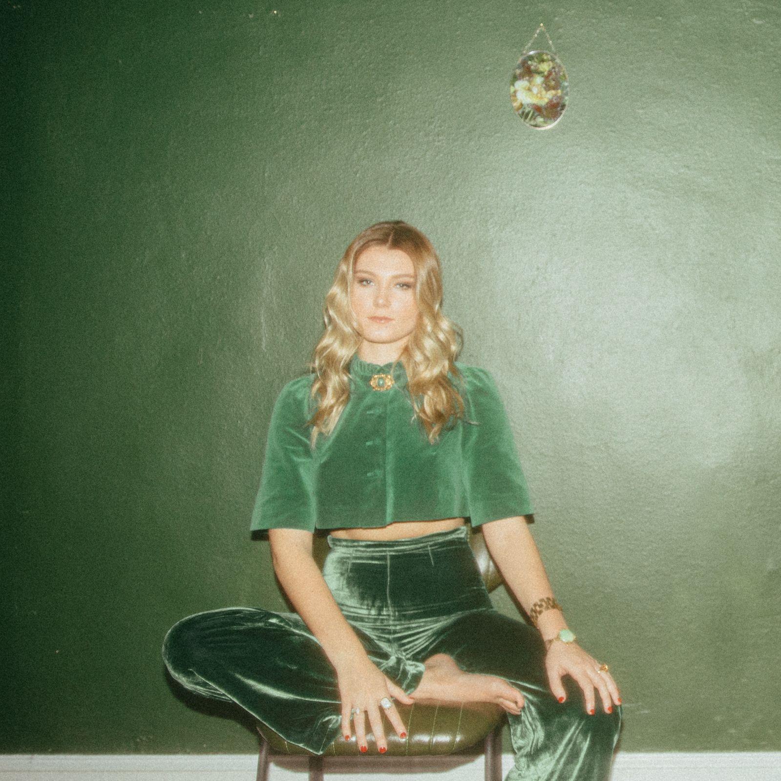 Caroline Culver - Honest